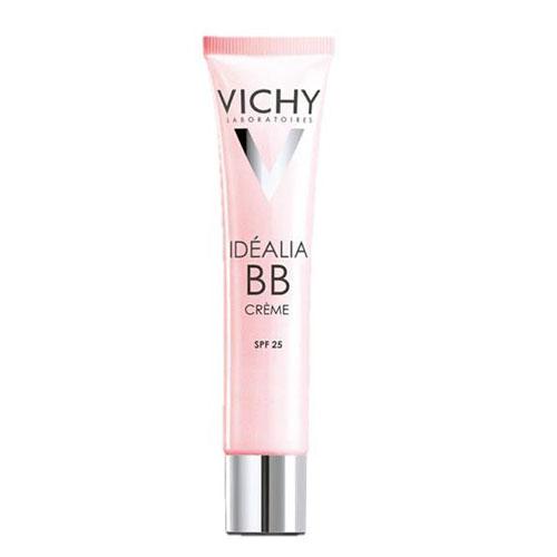 Vichy ВВ-крем Idealia, тон светлый, 40 млM5910800Действует сразу в нескольких направлениях: увлажняет, придает сияние, разглаживает мелкие морщинки, выравнивает поверхность кожи и улучшает цвет лица. Специально для девушек, которые всегда находятся в движении, в средстве присутствует солнцезащитный фактор SPF 25. Один BB-крем может заменить тебе тональный крем, увлажняющее и солнцезащитное средства, а также основу под макияж. Одно из достоинств BB-крема Idealia термальная вода Vichy, входящая в состав средства. Она обладает успокаивающими и восстанавливающими свойствами, поэтому средство гипоаллергенно и подходит даже для самой чувствительной кожи. Возвращает сияние Увлажняет 24 часа Разглаживает морщинки Выравнивает текстуру кожи Сокращает пигментные пятна Защищает от UVA/UVB лучей