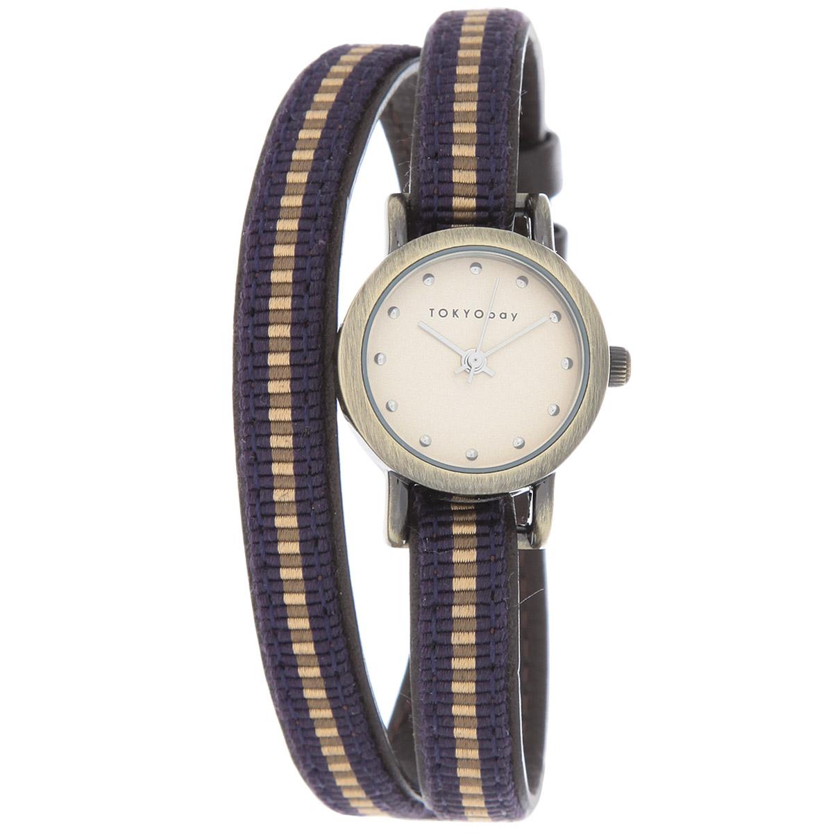 Часы женские наручные Tokyobay Nishiki, цвет: синий. T266-PUT266-PUНаручные часы Tokyobay - это стильное дополнение к вашему неповторимому образу. Эти часы созданы для современных женщин, ценящих стиль, качество и практичность. Часы оснащены японским кварцевым механизмом Miyota. Задняя крышка изготовлена из нержавеющей стали. Корпус изготовлен из металла. Циферблат оформлен металлическими отметками, без цифр, имеются часовая, минутная и секундная стрелки. Ремешок выполнен из кожи и нейлона, застегивается на классическую застежку-пряжку. Часы Tokyobay - это практичный и модный аксессуар, который подчеркнет ваш безупречный вкус. Характеристики: Корпус: 2,2 х 2,2 х 0,7 см. Размер ремешка: 37 х 0,8 см. Не содержит никель. Не водостойкие.