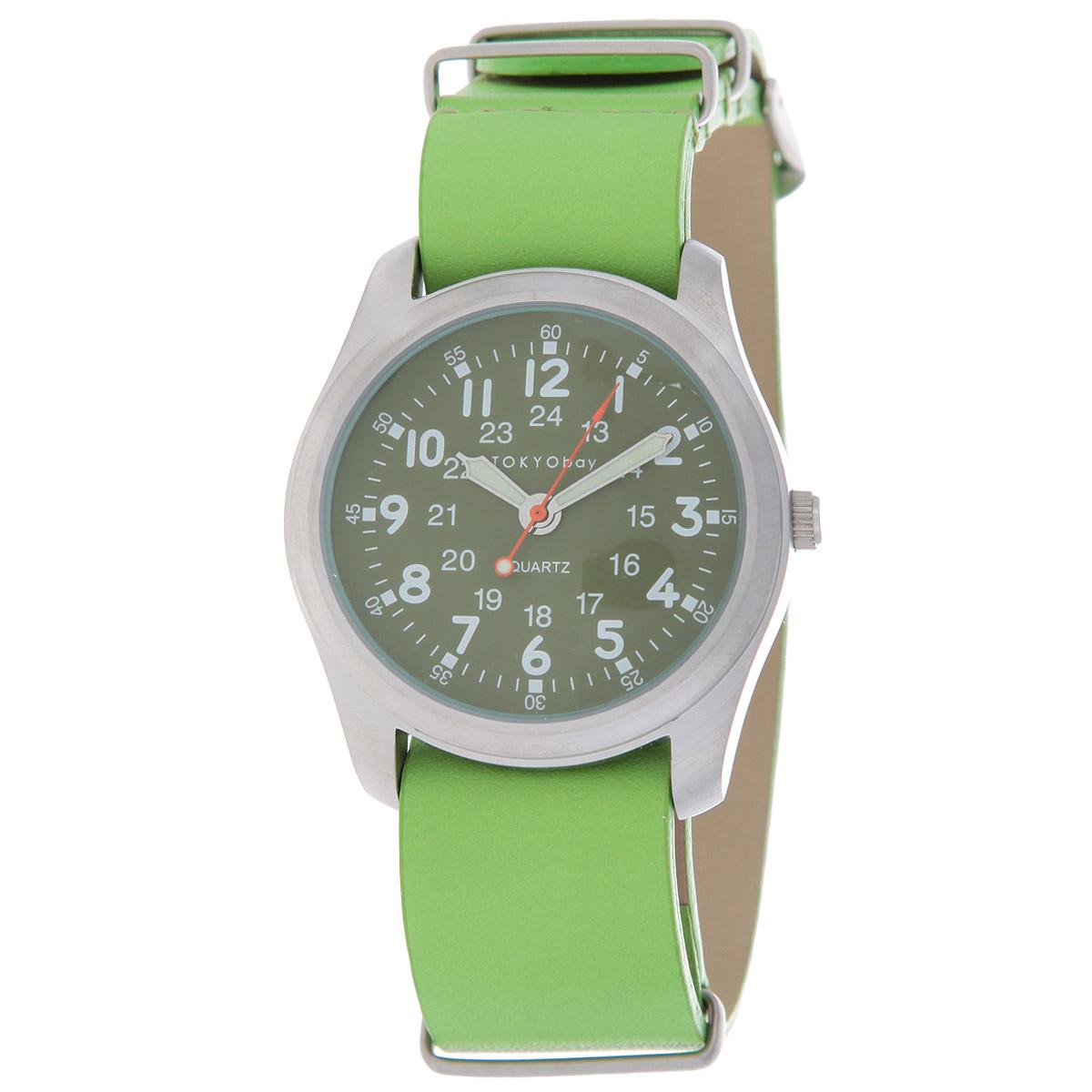 Часы женские наручные Tokyobay Military, цвет: неоновый зеленый. T842-GRT842-GRНаручные часы Tokyobay - это стильное дополнение к вашему неповторимому образу. Эти часы созданы для современных женщин, ценящих стиль, качество и практичность. Часы оснащены японским кварцевым механизмом Miyota. Задняя крышка изготовлена из нержавеющей стали. Корпус изготовлен из металлического сплава, не содержащего никель. Циферблат оформлен тремя рядами цифр, имеются часовая, минутная и секундная стрелки. Яркий ремешок выполнен из кожи, застегивается на классическую застежку-пряжку. Часы Tokyobay - это практичный и модный аксессуар, который подчеркнет ваш безупречный вкус. Характеристики: Корпус: 3,8 х 3,8 х 0,9 см. Размер ремешка: 22 х 2 см. Не содержит никель. Не водостойкие.