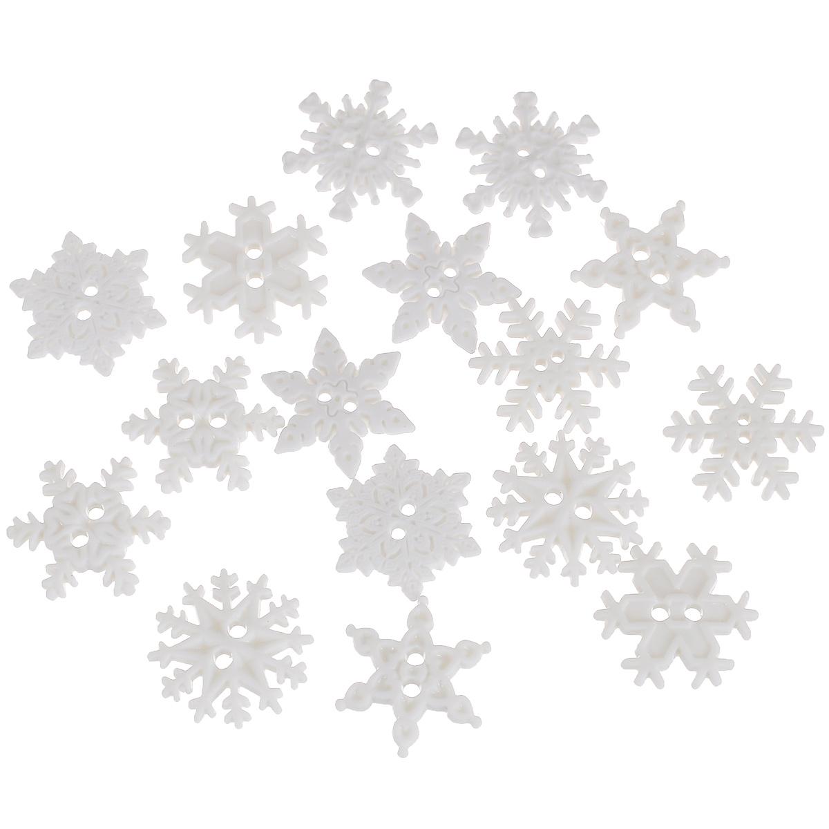 Пуговицы декоративные Dress It Up Снежинки, 14 шт. 7702480(2892)7702480Набор Dress It Up Снежинки состоит из 14 декоративных пуговиц, изготовленных из пластика. С их помощью вы сможете украсить открытку, фотографию, альбом, одежду, подарок и другие предметы ручной работы. Все пуговицы в наборе имеют оригинальный и яркий дизайн. Материал: пластик. Диаметр пуговицы: 1,8 см.