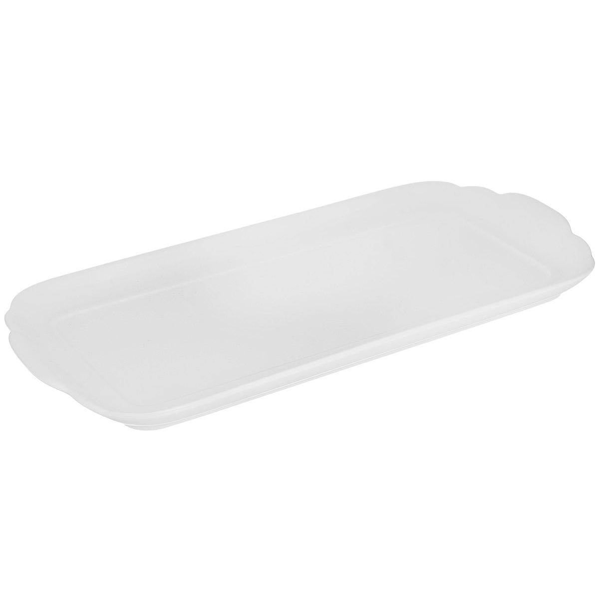 Блюдо Royal Porcelain, цвет: белый, 15 см х 33 см89ww/0335Блюдо Royal Porcelain изготовлено из высококачественного костяного фарфора. Основными достоинствами изделий из костяного фарфора являются прочность и абсолютно гладкая глазуровка. Блюдо имеет специальную форму, которая идеально подходит для сервировки рыбы, а также нарезок и закусок. Изящное блюдо Royal Porcelain великолепно украсит праздничный стол и станет прекрасным дополнением к вашему кухонному инвентарю. Можно мыть в посудомоечной машине. Размер блюда (по верхнему краю): 15 см х 33 см. Высота блюда: 2 см.