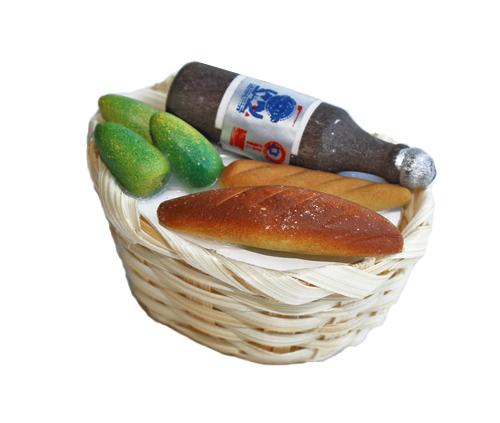 Продукты в плетеной корзине с бутылкой. AM0101035AM0101035Продукты в плетеной корзине с бутылкой