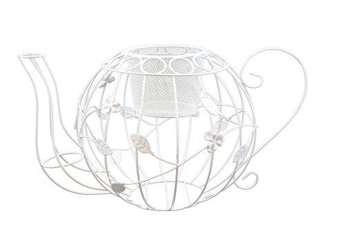 Чайник декоративный ScrapBerrys для цветов, с ситечком, цвет: белый, 20 х 31 х 19,5 смSCB271039Декоративный чайник ScrapBerrys выполнен из высококачественного металла. Изделие украшено изящными коваными цветами. Чайник оснащен ситечком, в котором можно разместить небольшой горшок с цветком. Такой чайник предназначен для скрапбукинга (для флористики), также он подойдет для декора интерьера дома или офиса. Кроме того - это отличный вариант подарка для ваших близких и друзей. Размер чайника: 20 см х 31 см х 19,5 см. Размер ситечка: 8 см х 8 см х 7 см.