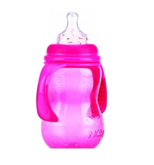 NUBY Бутылочка с антиколиковой системой, 300 мл, цвет: розовый. ID1095ID1095/розовыйСиликоновая бутылочка Nuby с соской быстрый поток и защитным колпачком, 300 мл., от 0 мес. Уникальная соска Natural Touch - новый стандарт ширины основания, которое особенно значимо для комфортного кормления малыша, т.к. повторяет внешнее, анатомическое строение ареолы соска груди матери. Знакомые форма и размер обеспечивают легкое принятие соски. Естественное движение повторяет динамику груди во время кормления, мягко изгибаясь и удлиняясь. Это создает ощущение естественности и, главное, позволяет малышу захватывать сосок под правильным углом, что положительно сказывается на его прикусе и формировании естественных сосательных рефлексов.