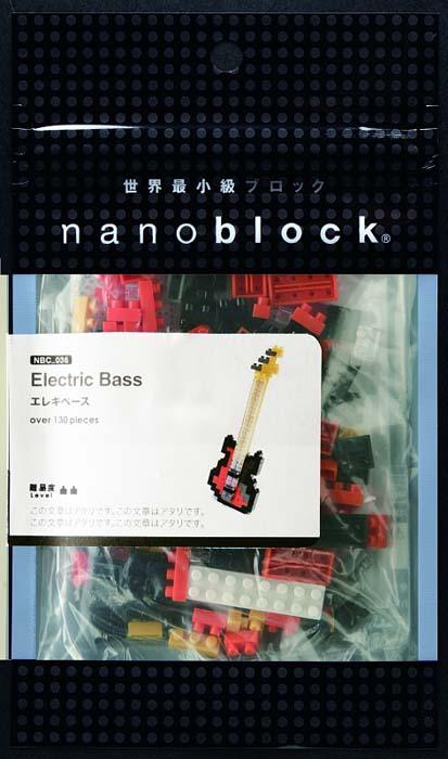 NanoBlock Мини-конструктор Басс-гитараNBC_051Мини-конструктор Басс-гитара - увлекательнейший способ времяпрепровождения и уникальная возможность собрать целую коллекцию музыкальных нано-инструментов. Набор включает более 140 пластиковых элементов (в том числе запасные) и цветную графическую инструкцию-схему сборки. Из деталей конструктора собирается очень реалистичная мини-модель басс-гитары. Конструктор nanoBlock - самый маленький в мире конструктор, крайне необычный, как все японское. Высокоточные трехмерные модели из деталей подобных Лего, но предельно уменьшенных в размерах, стали хитом в Японии и буквально произвели фурор в Америке, Европе, Азии и Австралии. Самая маленькая деталь конструктора - 4 мм х 4 мм, а классический прямоугольный элемент 2-на-4 точки имеет размер 8 мм х 16 мм и 5 мм высотой. Запатентованный дизайн деталей и высочайшее качество пластика обеспечивают надежное соединение даже при таких небольших размерах. Нано-размер деталей позволяет добиться невероятной реалистичности у...