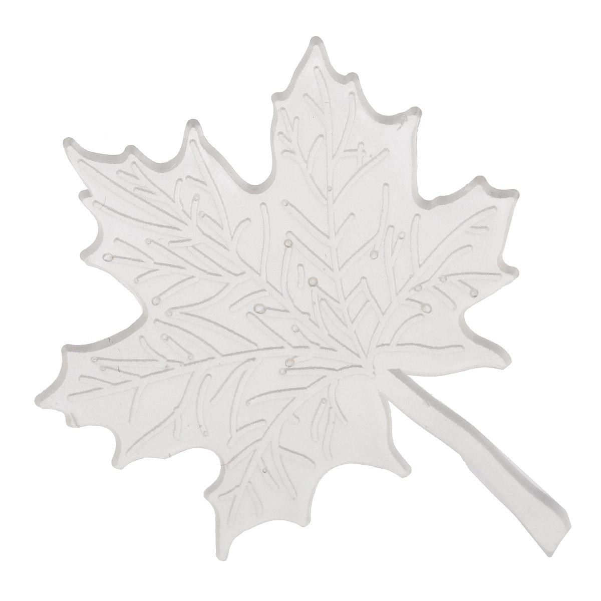 Штамп для мыла Выдумщики Кленовый лист, 5 см х 4 см2700000016176Штамп для мыла Выдумщики Кленовый лист, изготовленный из силикона, это прекрасный способ разнообразить кусочек мыла. Изделие выполнено в виде кленового листа. Силиконовые штампы изготавливаются по современным технологиям, поэтому они получаются пластичными и гладкими, с ровными краями, что существенно облегчает работу любителям домашнего скрапбукинга, мыловарения и декупажа. Инструкция по применению: - Уложите штамп в форму; - Залейте мыльной основой; - После полного застывания, выньте мыло из формы и удалите штамп. Размер штампа: 5 см х 4 см.