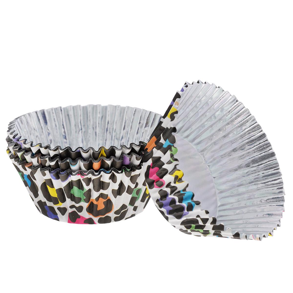 Набор бумажных форм для кексов Wilton Леопард, диаметр 7 см, 36 штWLT-415-2157Набор Wilton Леопард состоит из 36 бумажных форм для кексов. Они предназначены для паковки кондитерских изделий, также могут использоваться для сервировки орешков, конфет и др. Внутри формы оснащены специальным фольгированным вкладышем, благодаря которому изделия не требуют предварительной смазки маслом или жиром. Высота стенки: 3 см. Диаметр (по верхнему краю): 7 см. Диаметр дна: 5 см.