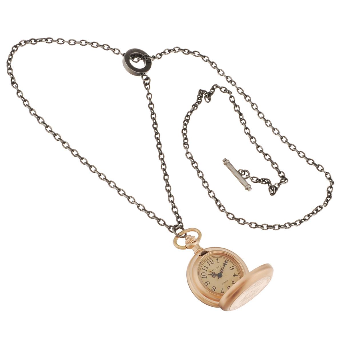 Часы женские наручные Tokyobay Shilling Pendant, цвет: золотой. T118-GDT118-GDНаручные часы Tokyobay - это стильное дополнение к вашему неповторимому образу. Эти часы созданы для современных девушек, ценящих стиль, качество и практичность. Часы оснащены японским кварцевым механизмом Miyota. Корпус выполнен из металла, не содержащего никель. Задняя крышка изготовлена из нержавеющей стали. Циферблат имеет три стрелки - часовую, минутную и секундную, защищен ударопрочным оптическим пластиком и металлической крышкой. Браслет выполнен из металлического сплава в виде цепочки. Часы Tokyobay - это практичный и модный аксессуар, который подчеркнет ваш безупречный вкус. Характеристики: Корпус: 29 х 29 х 10 мм. Размер цепочки: 37 х 0,3 см. Не водостойкие.