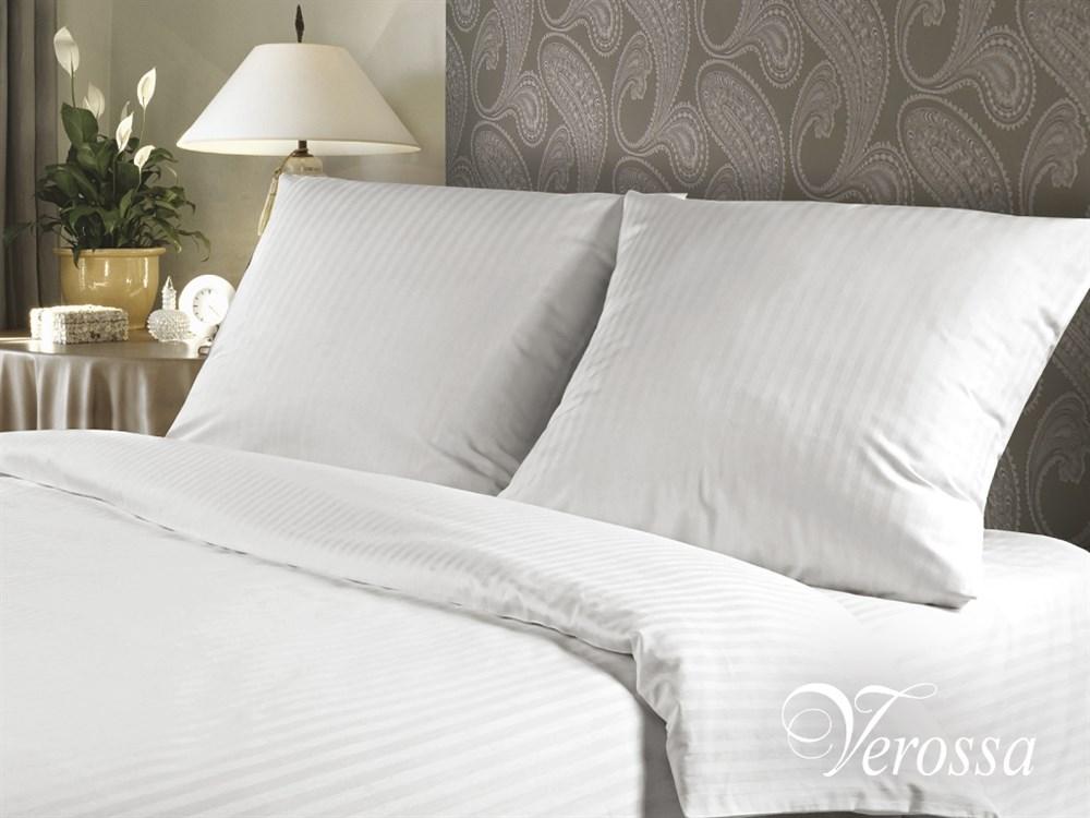 Комплект белья Verossa Stripe Роял, 2-спальное, наволочки 70х70, цвет: белый. 147472147472Уникальный продукт, не имеющий аналогов на российском рынке. Классическое белое натуральное постельное белье комбинированного переплетения в полоску для людей, ценящих комфорт, стиль и высокое качество. Оригинальная структура ткани достигается за счет сложного переплетения и использования пряжи высоких номеров. Рисунки в виде оригинального ажурного узора с эффектом жаккарда придают особенное изящество.