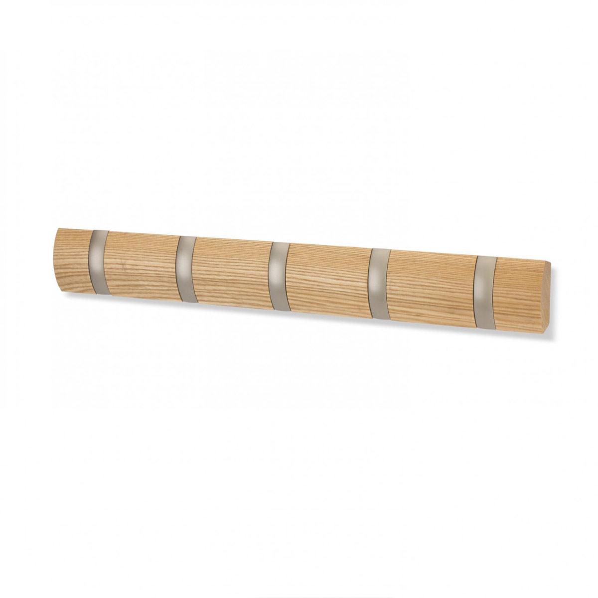 Вешалка настенная Umbra Flip, цвет: бежевый, 5 крючков318850-390Стильная и прочная вешалка Umbra Flip интересной формы и оригинального дизайна изготовлена из дерева. Имеет 5 откидных крючков из никеля: когда они не используются, то складываются, превращая конструкцию в абсолютно гладкую поверхность. Вешалка Umbra Flip идеально подходит для маленьких прихожих и ограниченных пространств. Каждый крючок выдерживает вес до 2,3 кг.