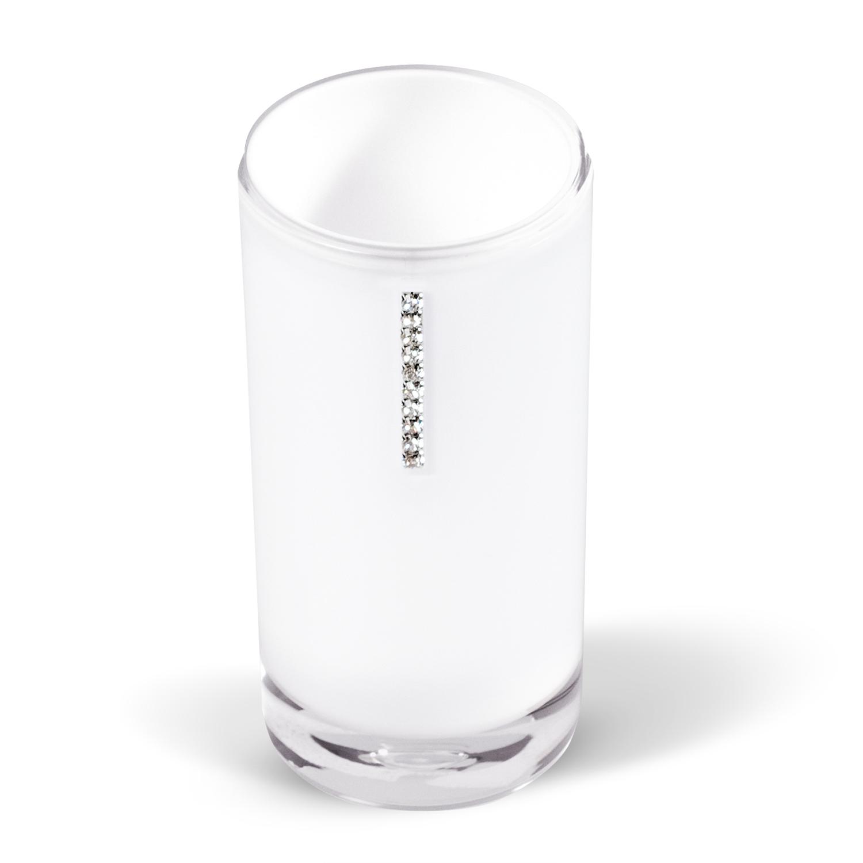 Стакан для ванной комнаты Tatkraft Diamond White, цвет: белый12424Стакан Diamond White изготовлен из акрила белого цвета и украшен стразами. В таком стакане можно хранить зубные щетки, бритвы и другие принадлежности. Стакан Diamond White станет стильным аксессуаром, который украсит интерьер ванной комнаты. Характеристики: Материал: акрил, стразы. Диаметр стакана: 6,2 см. Высота стакана: 13 см. Размер упаковки: 6,2 см х 6,2 см х 13 см. Артикул: 12424.