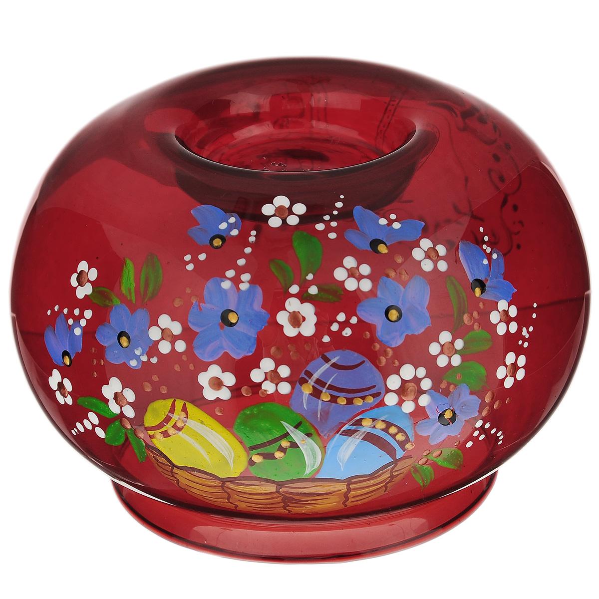 Подсвечник Sima-land Пасха-2, цвет: красный. 196292196292Подсвечник Sima-land Пасха-2 идеально подойдет для праздничного оформления дома. Подсвечник выполнен из стекла красного цвета и украшен пасхальным рисунком. В центр изделия помещается свеча-таблетка (не входит в комплект). Зажгите свечку, поставьте ее в подсвечник и наслаждайтесь теплом, которое наполнит ваше сердце. Пасхальный декоративный подсвечник украсит интерьер вашего дома. Оригинальный дизайн и красочное исполнение создадут праздничное настроение. Кроме того, это отличный вариант подарка для ваших близких и друзей. Размер подсвечника: 11 см х 11 см х 7,5 см. Диаметр отверстия для свечи: 7,5 см.