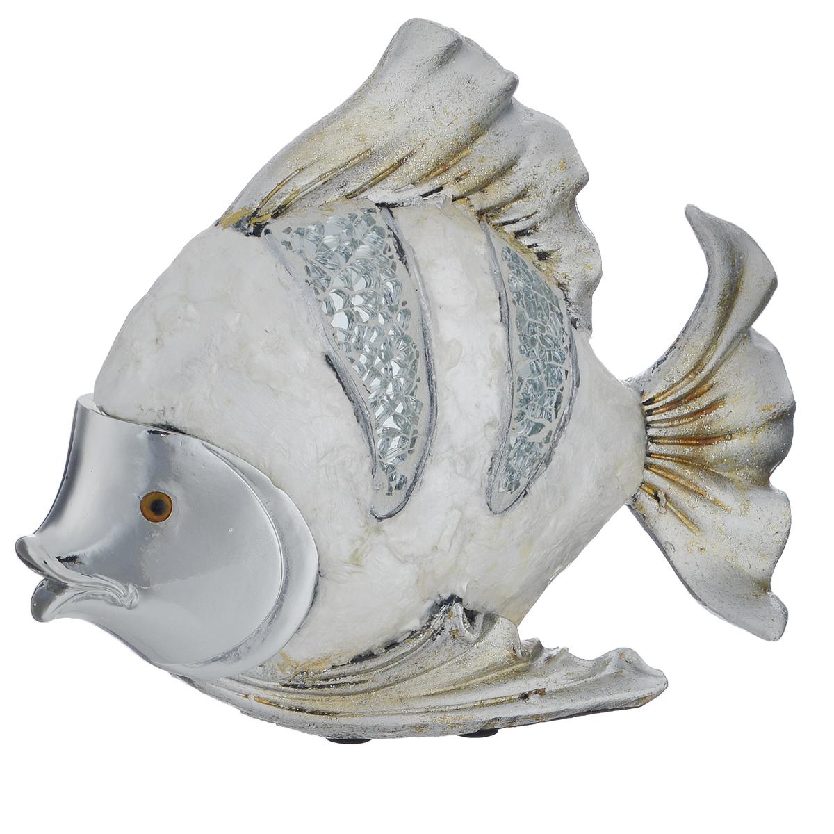 Фигурка декоративная Molento Серебристая рыба, высота 15 см549-187Декоративная фигурка Molento Серебристая рыба, изготовленная из полистоуна и украшенная зеркальной россыпью, выполнена в виде рыбы. Такая фигурка станет отличным дополнением к интерьеру. Вы можете поставить фигурку в любом месте, где она будет удачно смотреться, и радовать глаз. Кроме того, фигурка Серебристая рыба станет чудесным сувениром для ваших друзей и близких. Размер фигурки: 19 см х 5 см х 15 см.