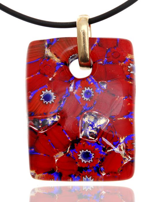 Кулон на шнурке Маки. Муранское стекло, шнурок из каучука, ручная работа. Murano, Италия (Венеция)СУ49102Кулон на шнурке Маки. Муранское стекло, шнурок из каучука, ручная работа. Murano, Италия (Венеция), 2000-е гг. Размер: Кулон - 4 х 3 см. Шнурок - полная длина 45 см. Сохранность превосходная, изделие новое. Каждое изделие из муранского стекла уникально и может незначительно отличаться от того, что вы видите на фотографии