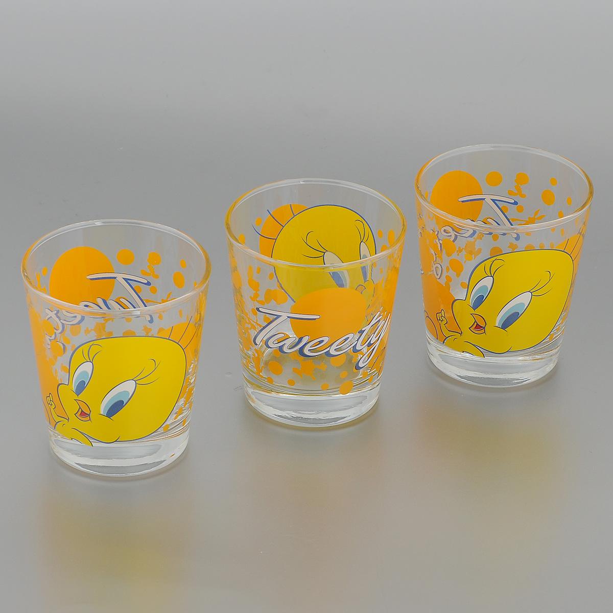 Набор стаканов Pasabahce Tweety, 180 мл, 3 шт42874B/D1Набор Pasabahce Tweety состоит из трех стаканов, выполненных из прочного натрий-кальций-силикатного стекла. Стаканы декорированы изображением Диснеевского героя - Твити. Изделия хорошо удерживают тепло, не нагреваются. На них не выгорает и не вымывается рисунок. Теперь заставить вашего малыша сесть поесть будет очень просто. Посуда Pasabahce будет радовать детей яркими и интересными рисунками, а родителей качеством изготовления. Не рекомендуется мыть в посудомоечных машинах и использовать в микроволновых печах. Диаметр стакана по верхнему краю: 7 см. Высота стакана: 8 см.