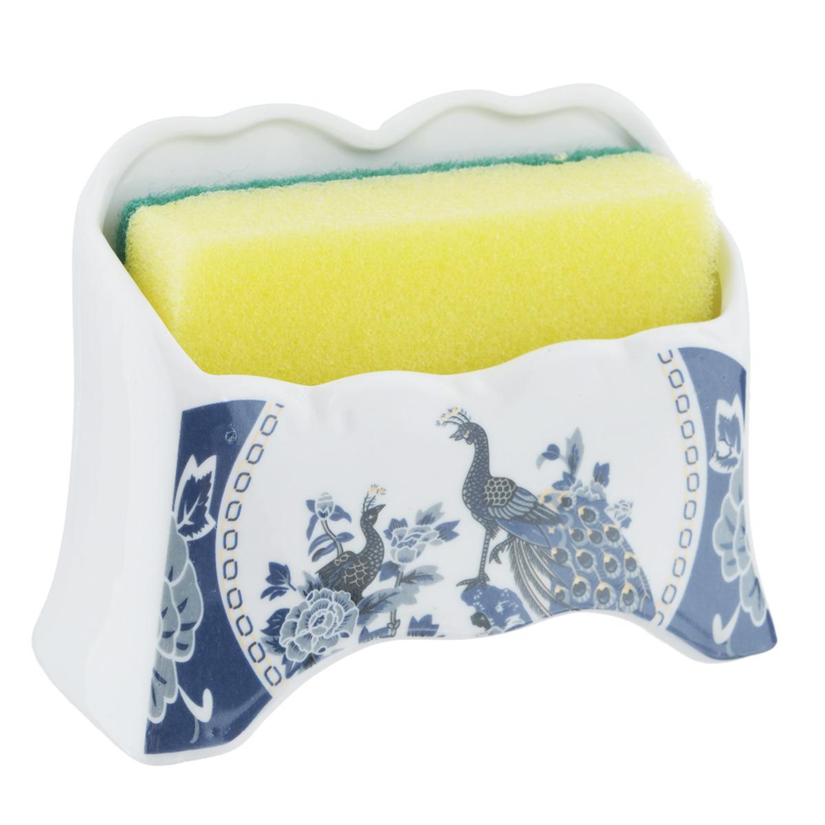 Набор для мытья посуды Saguro Синий павлин, 2 предмета532-233Подставка Saguro Синий павлин изготовлена из высококачественного фарфора и оформлена изображением павлинов. В комплект с подставкой входит губка для мытья посуды. Изящная подставка прекрасно впишется в интерьер вашей кухни. Не применять абразивные моющие средства. Размер подставки: 11,5 см х 5 см х 8,5 см.
