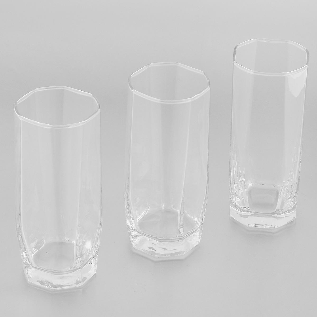 Набор стаканов для коктейлей Pasabahce Hisar, 275 мл, 3 шт42859BНабор Pasabahce Hisar состоит из трех стаканов, выполненных из прочного натрий-кальций-силикатного стекла. Изделия имеют утолщенное дно. Набор предназначен для подачи коктейлей. Стаканы сочетают в себе элегантный дизайн и функциональность. Благодаря такому набору пить напитки будет еще вкуснее. Набор стаканов Pasabahce Hisar прекрасно оформит праздничный стол и создаст приятную атмосферу за ужином. Такой набор также станет хорошим подарком к любому случаю. Можно мыть в посудомоечной машине и использовать в микроволновой печи. Диаметр стакана (по верхнему краю): 5,5 см. Высота стакана: 14 см.