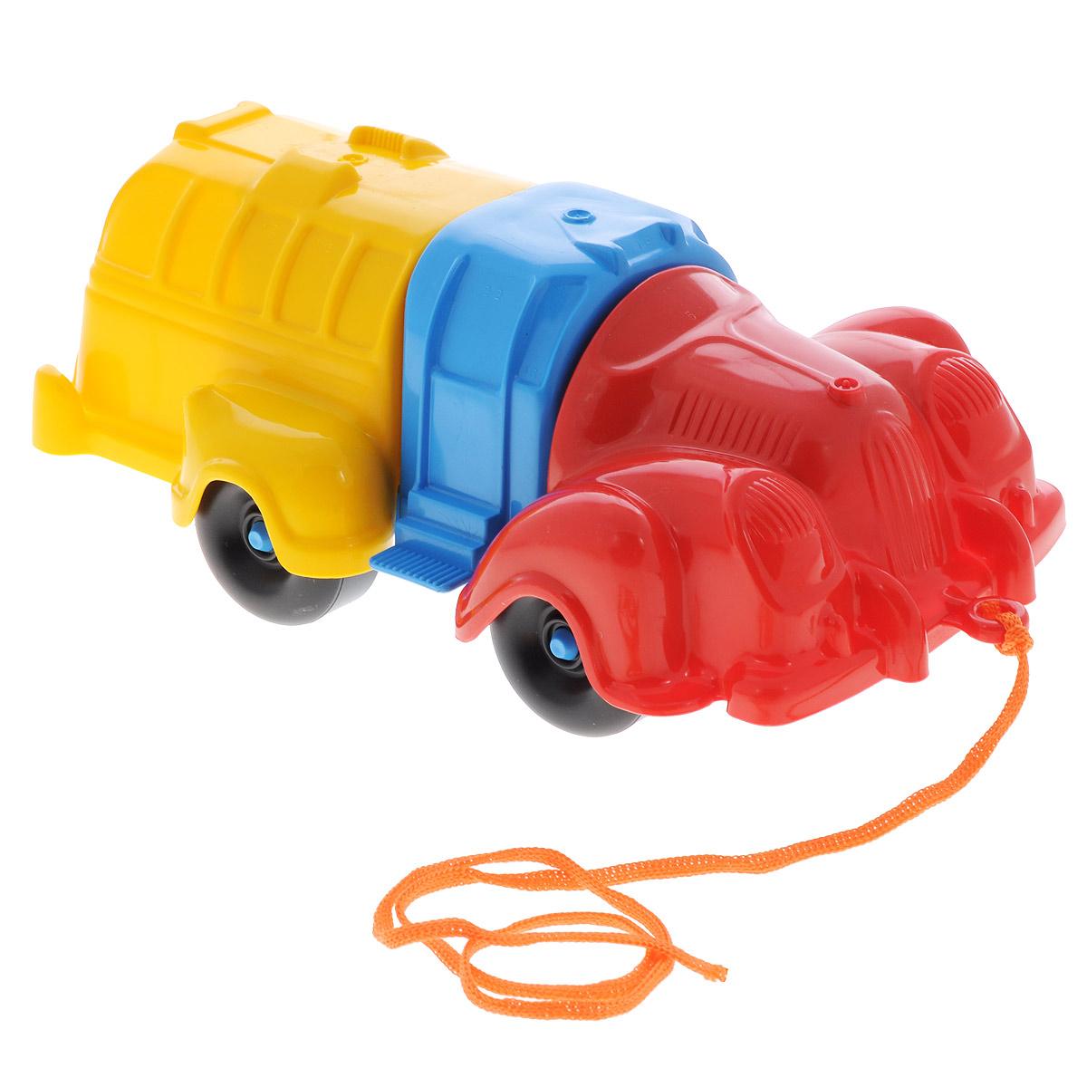 Bauer Игрушка-конструктор Автобус281Игрушка-конструктор Bauer Автобус обязательно привлечет внимание вашего малыша. Игрушка состоит из нескольких крупных деталей разного цвета, из которых можно собрать автобус. Также в комплект входит верёвочка, которую можно привязать к каталке, чтобы ребёнок мог катить её за собой. Игрушка сделана из высококачественного пластика с использованием пищевых красителей. С такой игрушкой ваш ребенок весело проведет время, играя на детской площадке или в песочнице. А процесс сборки игрушки-конструктора поможет малышу развить мелкую моторику пальчиков, внимательность и усидчивость. Порадуйте своего малыша такой чудесной игрушкой!