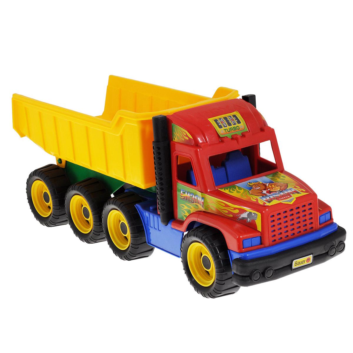 Bauer Самосвал Бизон165Яркий самосвал Бизон, изготовленный из прочного безопасного пластика, отлично подойдет ребенку для различных игр. Самосвал - прекрасный помощник на строительной площадке. С его помощью можно перевозить песок, игрушки и другие грузы. Машинка оборудована вместительным откидывающимся кузовом и двумя выхлопными трубами. Кузов отсоединяется. Восемь больших колес со свободным ходом и крупным протектором обеспечивают самосвалу устойчивость и хорошую проходимость. Кабина оформлена яркими наклейками. С таким самосвалом ваш ребенок сможет прекрасно провести время дома или на улице, придумывая различные истории. Уважаемые клиенты! Товар поставляется ассортименте. Поставка осуществляется в зависимости от наличия на складе.