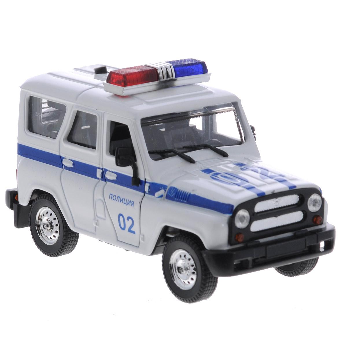 ТехноПарк Машинка инерционная УАЗ Hunter Полиция31514-2Инерционная машинка ТехноПарк УАЗ Hunter: Полиция выполненная из пластика и металла, станет любимой игрушкой вашего малыша. Игрушка представляет собой модель полицейского автомобиля марки УАЗ Hunter. Дверцы кабины и задняя дверь кузова открываются. При нажатии на кнопку на крыше модели замигают проблесковые маячки и раздастся звук сирены. Игрушка оснащена инерционным ходом. Машинку необходимо отвести назад, затем отпустить - и она быстро поедет вперед. Прорезиненные колеса обеспечивают надежное сцепление с любой поверхностью пола. Ваш ребенок будет часами играть с этой машинкой, придумывая различные истории. Порадуйте его таким замечательным подарком! Машинка работает от батареек (товар комплектуется демонстрационными).