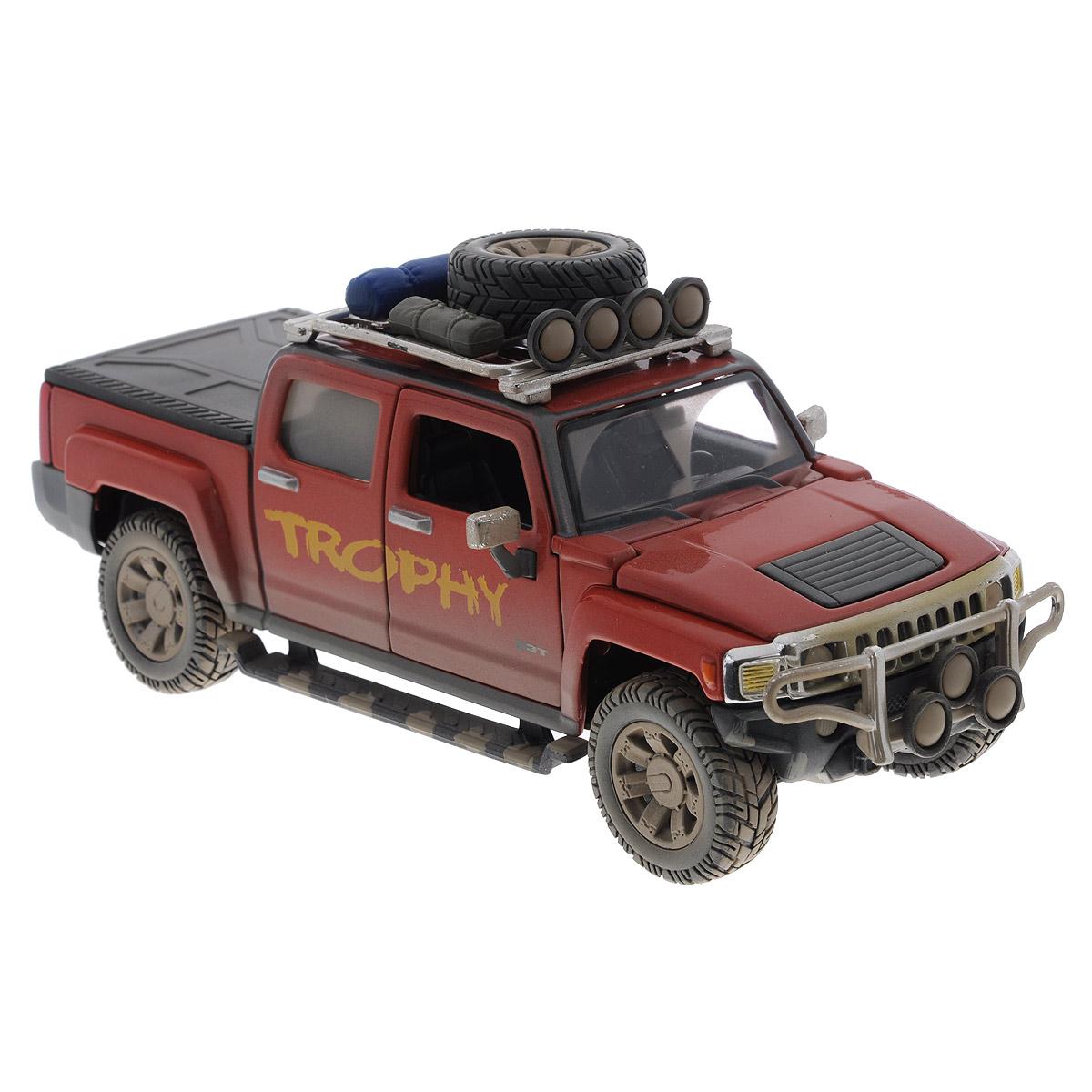 Maisto Модель автомобиля Hammer H3T цвет песочный32131Коллекционная модель Maisto Hammer H3T - миниатюрная копия настоящего автомобиля. Стильная модель автомобиля привлечет к себе внимание не только детей, но и взрослых. Модель имеет литой металлический корпус с высокой детализацией двигателя, интерьера салона, дисков, протекторов, выхлопной системы, оснащена колесами из мягкой резины. У машинки открываются дверцы кабины и капот. Игрушка в точности повторяет модель оригинальной техники, подробная детализация в полной мере позволит вам оценить высокую точность копии этой машины! Такая модель станет отличным подарком не только любителю автомобилей, но и человеку, ценящему оригинальность и изысканность, а качество исполнения представит такой подарок в самом лучшем свете.