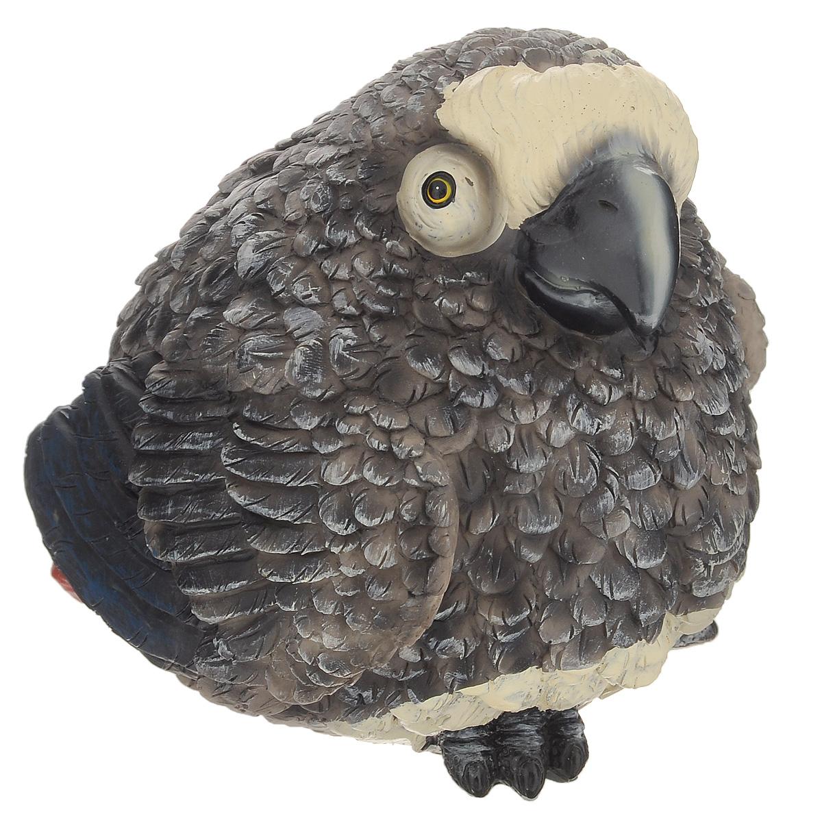 Копилка Korall Попугай, цвет: серый773706Оригинальная копилка Korall Попугай, выполненная из полистоуна в виде забавного серого попугая, станет необычным украшением интерьера и вызовет улыбку у каждого, кто ее увидит. На спине фигурки имеется специальная прорезь для монет. Копилка - это оригинальный и нужный подарок на все случаи жизни. Размер копилки: 15 см х 15 см х 14 см.