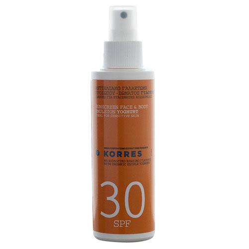 Korres Эмульсия солнцезащитная, для лица и тела, с йогуртом, SPF 30, 150 мл5203069035661Солнцезащитная эмульсия Korres с органическим съедобным йогуртом идеально подходит для чувствительной кожи. Благодаря содержанию лактозы, протеинов, минералов и витаминов йогурт повышает уровень увлажнения в верхних слоях эпидермиса, возвращает сухой коже мягкость и свежесть. Богатство минералов и витаминов [кальций, фосфор, калий, цинк и витамины A, E, D, B2 и B12] обеспечивают антиоксидантную защиту, предупреждают старение кожи. Молочная кислота обладает противомикробными свойствами, а содержащиеся в йогурте витамины E и D помогают облегчить и снять последствия солнечных ожогов. Органический экстракт активного алоэ увлажняет кожу и препятствует появлению признаков старения. Оливковое масло обладает антиоксидантными свойствами. Отдушка без аллергенов. Водо- и потостойкая. Органический съедобный йогурт - интенсивно увлажняет, обеспечивает антиоксидантную защиту, предотвращает и снимает солнечные ожоги; Активный алоэ - увлажняет, препятствует появлению признаков...