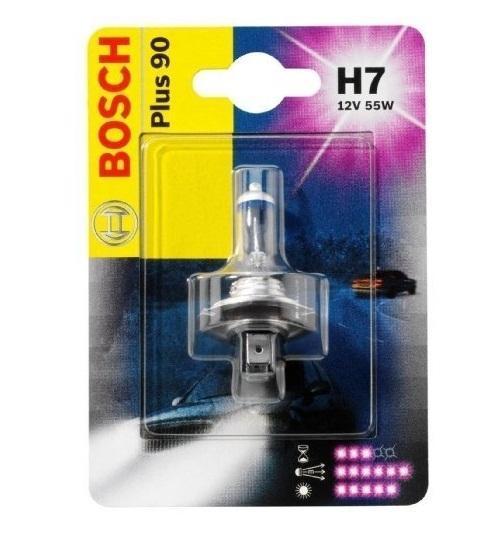Лампа Bosch H7 +90 19873010781987301078Новые лампы Bosch для галогенных фар освещают дорогу интенсивным белым светом, который очень близок по свойствам к дневному освещению.Благодаря этому глаза водителя не теряют фокусировки и меньше устают даже во время долгих поездок в темное время суток. Новые лампы отличаются высокой яркостью и могут давать до 50% больше света, чем стандартные галогенные фары. Лампы Bosch доступны в вариантах H1, H4 и H7. Серебряное покрытие ламп H4 и H7 делает их едва заметными за стеклами выключенных фар. Новые лампы выглядят наиболее эффектно в сочетании с фарами из прозрачного стекла и подчеркивают современный дизайн автомобилей. Увеличенная яркость и дальность освещения положительно сказывается на безопасности движения. В темное время суток или в сложных погодных условиях, таких как ливень или густой туман, водитель замечает опасную ситуацию намного раньше и на большем расстоянии, при этом лучше заметен и сам автомобиль с фарами Bosch. Напряжение: 12 вольт