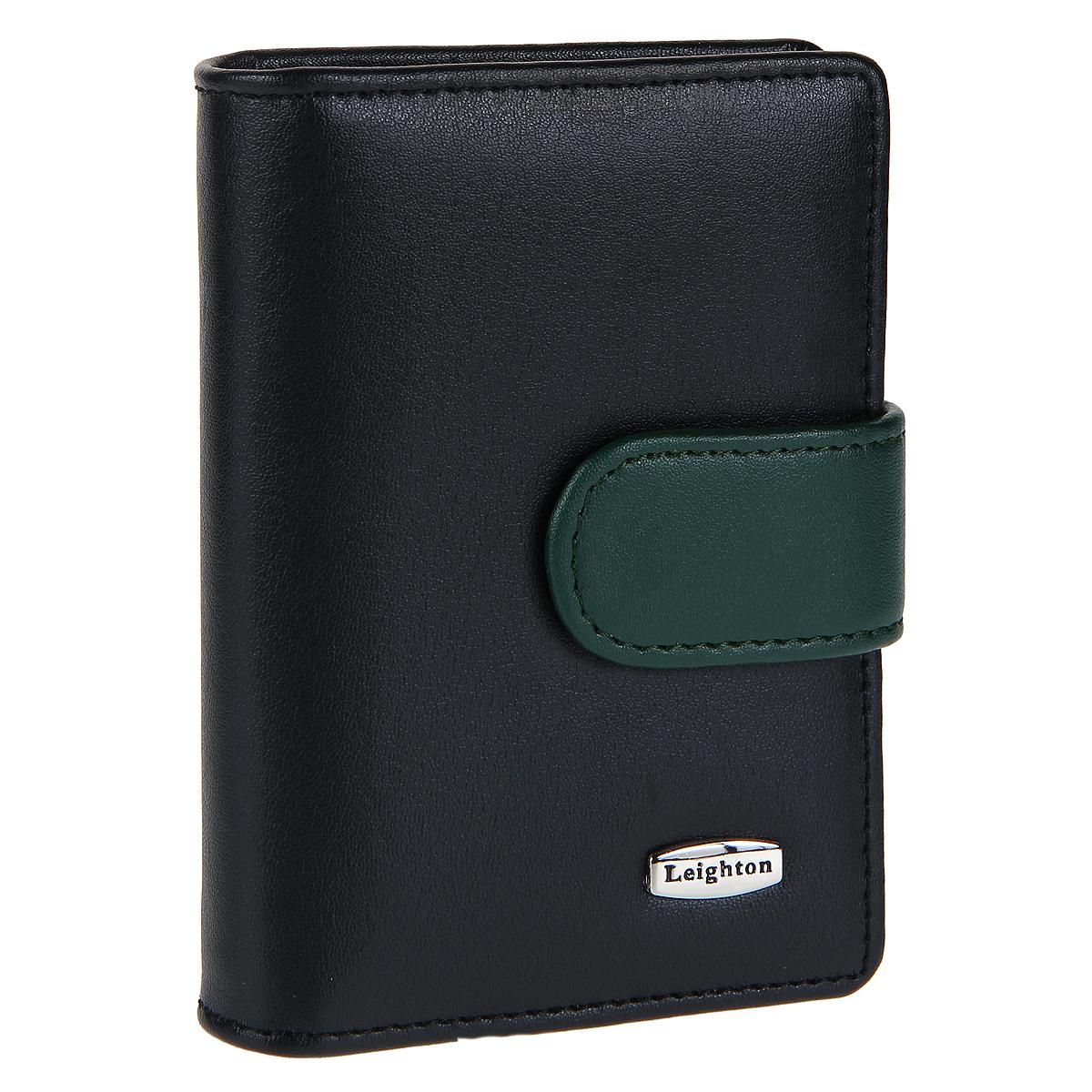 Визитница Leighton, цвет: черный, зеленый. 22108-1/220-132322108-1/220-1323 черн/зелВизитница Leighton выполнена из высококачественной натуральной кожи, оформлена пластинкой с логотипом бренда. Модель закрывается хлястиком с кнопкой. Внутри - двадцать отделений для визиток из прозрачного пластика. Также внутри есть отделение с прозрачным окошком. Такая визитница станет отличным подарком человеку, ценящему практичные и стильные вещи, а качество его исполнения представит такой подарок в самом выгодном свете.