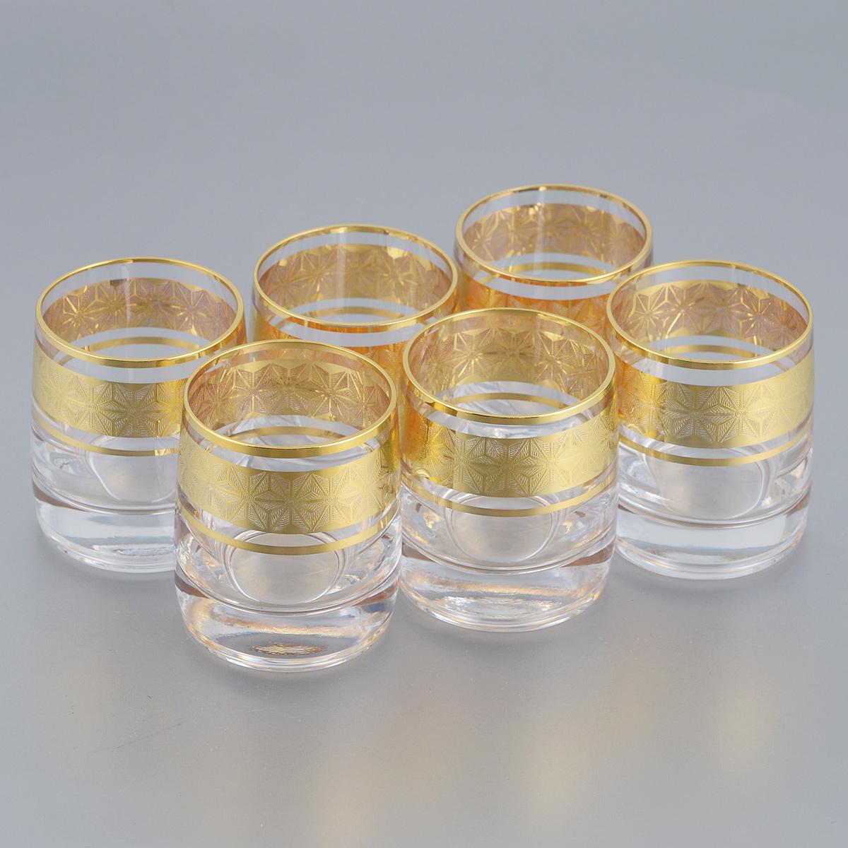 Набор стопок Bohemia Crystal Ideal, 60 мл, 6 шт726332Набор Bohemia Crystal Ideal состоит из шести стопок. Изделия выполнены из высококачественного стекла. Стопки имеют прозрачную поверхность и декорированы позолоченной окантовкой с орнаментом. Изделия излучают приятный блеск и издают мелодичный звон. Набор стопок Bohemia Crystal Ideal прекрасно оформит интерьер кабинета или гостиной и станет отличным дополнением бара. Такой набор также станет хорошим подарком к любому случаю. Объем стопки: 60 мл. Диаметр стопки (по верхнему краю): 4,5 см. Высота стопки: 5,5 см.
