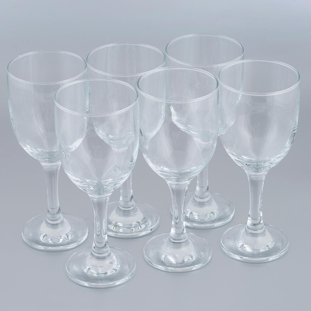 Набор бокалов для красного вина Pasabahce Royal, 200 мл, 6 шт636242Набор Pasabahce Royal состоит из шести бокалов, выполненных из прочного натрий-кальций-силикатного стекла. Бокалы предназначены для подачи красного вина. Они сочетают в себе элегантный дизайн и функциональность. Благодаря такому набору пить напитки будет еще вкуснее. Набор бокалов Pasabahce Royal прекрасно оформит праздничный стол и создаст приятную атмосферу за романтическим ужином. Такой набор также станет хорошим подарком к любому случаю. Можно мыть в посудомоечной машине и использовать в микроволновой печи. Диаметр бокала (по верхнему краю): 6 см. Высота бокала: 16,5 см.