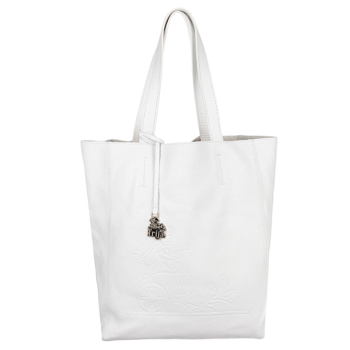 Сумка женская Frija, цвет: белый. 21-0200-1321-0200-13-FL/W/GСтильная и удобная женская сумка Frija выполнена из мягкой натуральной кожи с фактурной поверхностью. Лицевая сторона изделия оформлена оригинальным тиснением в виде логотипа бренда. Сумка имеет одно вместительное отделение, дополненное накладным карманом на застежке-молнии. Изюминка модели - текстильный вкладыш в главном отделении, который крепится к корпусу сумки при помощи кнопок, закрывается на удобную застежку-молнию. Внутри вкладыша - врезной карман на застежке-молнии. Сумка оснащена двумя удобными ручками, позволяющими носить её на плече. Изделие упаковано в фирменный чехол. Сумка Frija - это стильный аксессуар, который подчеркнет вашу изысканность и индивидуальность и сделает ваш образ завершенным.