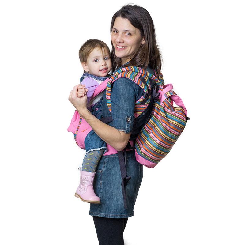 Сумка-рюкзак для мамы Чудо-Чадо Уичоли, цвет: розовыйСРМ01-006Уичоли - это племя индейцев, которые носят множество вышитых сумочек, любят слинги, сумки, ткачество и вышивку. За это антропологи назвали их племенем художников. Сумка-рюкзак Уичоли выполнена в этно-стиле из натуральной, дышащей, гипоаллергенной, износостойкой и простой в уходе ткани. Она содержит одно отделение, затягивается сверху на кулиску и дополнительно закрывается клапаном на пуговице. Сумка- рюкзак оснащена регулируемыми по длине лямками для переноски на спине и текстильной ручкой для переноски в руке. При необходимости лямки могут соединяться с помощью застежки-молнии, образуя тем самым широкую лямку. Уважаемые клиенты! Обращаем ваше внимание на то, что слинг-рюкзак в комплект не входит.