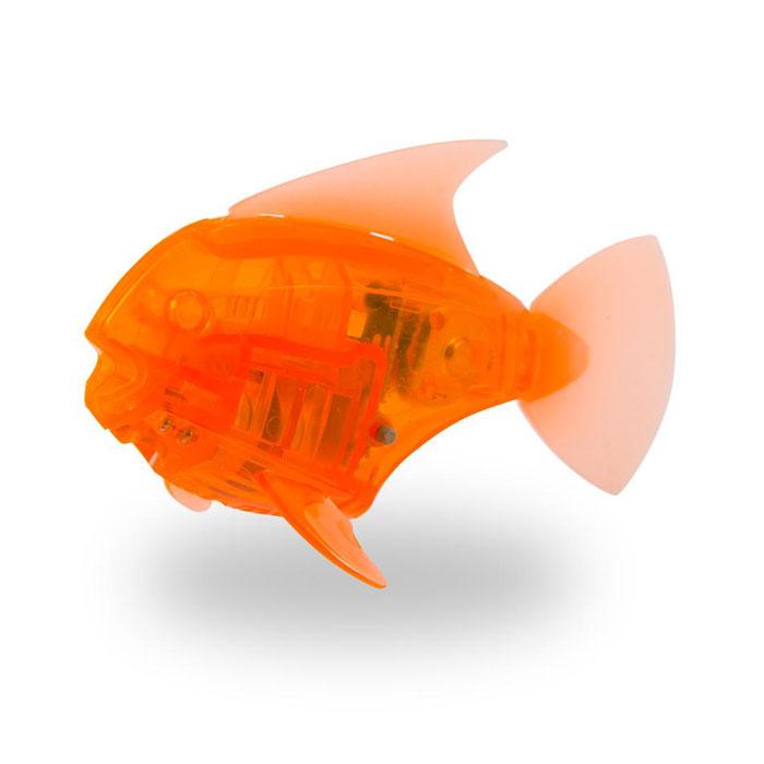 Микро-робот рыбка Hexbug Aquabot Angelfish, со световыми эффектами, цвет: оранжевый460-2976_5Уникальный микро-робот рыбка Hexbug Aquabot Angelfish изготовлен из безопасного пластика и выполнен в виде забавной рыбки. Теперь микро-роботы осваивают и водные глубины! Микро-робот рыбка Hexbug Aquabot плавает как настоящая рыба и непредсказуем в направлении движения. Опустите его в воду и он оживет! Если микро-робот замер, то достаточно просто всколыхнуть воду и он снова поплывёт. Вне воды микро-робот автоматически выключается. Но и это еще не все, теперь микро-роботы рыбки оснащены световыми эффектами! Для работы игрушки необходимы 2 батареи типа LR44 (в комплекте 2 демонстрационные и 2 запасные батареи).