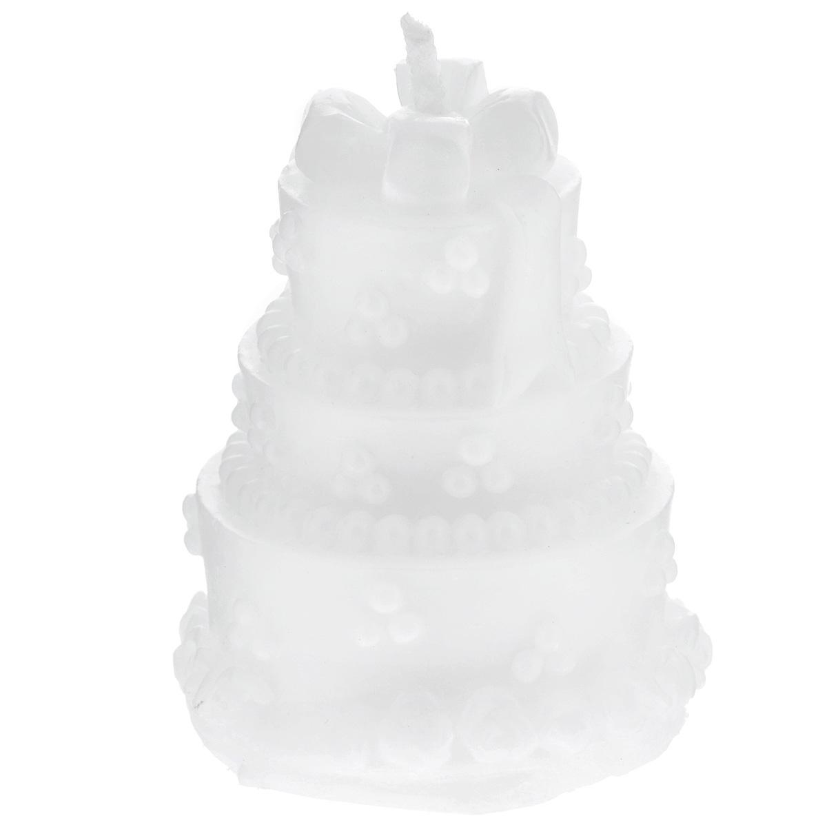 Свеча декоративная Феникс-презент, 5 х 5 х 6 см29276Декоративная свеча Феникс-презент, изготовленная из парафинового воска и выполненная в виде трехэтажного белого торта, украсит интерьер вашего дома или офиса. Вы можете поставить свечу в любом месте, где она будет удачно смотреться и радовать глаз. Кроме того, эта свеча - отличный вариант подарка для ваших близких и друзей. Размер свечи: 5 см х 5 см х 6 см.