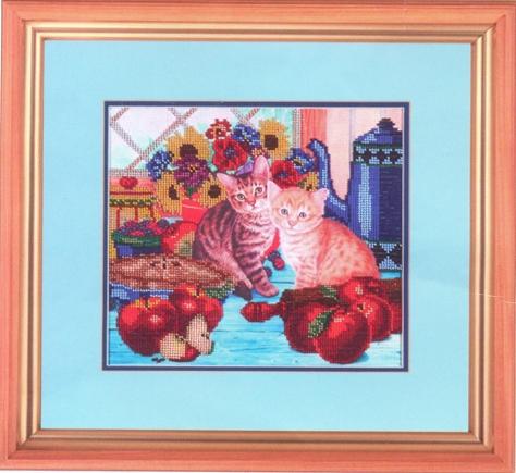 Канва с рисунком для вышивания бисером Hobby & Pro Котенок на кухне, 25 х 22 см549466Канва с рисунком для вышивания бисером Котенок на кухне изготовлена из полиэстра. Рисунок-вышивка, выполненный на такой канве, выглядит очень оригинально. Бисеринки нашиваются на ткань косыми стежками шва полукрест, где каждая бисеринка соответствует одной клетке на схеме. Вышивание отвлечет вас от повседневных забот и превратится в увлекательное занятие! Работа, сделанная своими руками, создаст особый уют и атмосферу в доме и долгие годы будет радовать вас и ваших близких, а подарок, выполненный собственноручно, станет самым ценным для друзей и знакомых. Рекомендуемое количество цветов: 21. Не рекомендуется стирать или мочить рисунок на канве перед вышиванием. УВАЖАЕМЫЕ КЛИЕНТЫ! Обращаем ваше внимание, на тот факт, что цвет символа на ткани может отличаться от реального цвета бисера они подобраны для удобства пользования схемой. Придерживайтесь нумерации в таблице. Обращаем ваше внимание, на тот факт, что рамка...