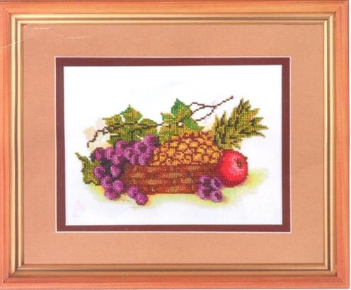 Канва с рисунком для вышивания бисером Hobby & Pro Тропические фрукты, 27 х 18 см549470Канва с рисунком для вышивания бисером Тропические фрукты, изготовлена из полиэстра. Рисунок-вышивка, выполненный на такой канве, выглядит очень оригинально. Бисеринки нашиваются на ткань косыми стежками шва полукрест, где каждая бисеринка соответствует одной клетке на схеме. Вышивание отвлечет вас от повседневных забот и превратится в увлекательное занятие! Работа, сделанная своими руками, создаст особый уют и атмосферу в доме и долгие годы будет радовать вас и ваших близких, а подарок, выполненный собственноручно, станет самым ценным для друзей и знакомых. Рекомендуемое количество цветов: 19. Не рекомендуется стирать или мочить рисунок на канве перед вышиванием. УВАЖАЕМЫЕ КЛИЕНТЫ! Обращаем ваше внимание, на тот факт, что цвет символа на ткани может отличаться от реального цвета бисера они подобраны для удобства пользования схемой. Придерживайтесь нумерации в таблице. Обращаем ваше внимание, на тот факт, что...