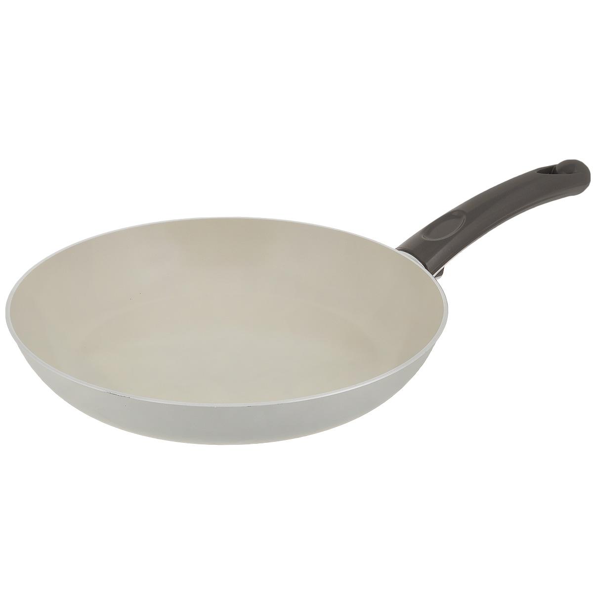Сковорода TVS Bianca, с антипригарным покрытием, цвет: молочный. Диаметр 28 см4L104282916301Сковорода TVS Bianca выполнена из алюминия с внешним эмалированным покрытием молочного цвета и обладает превосходной теплопроводностью. Идеально подходит для жарки и тушения блюд. Внутреннее антипригарное керамическое покрытие Ceramit позволяет готовить пищу с минимальным количеством масла. Эргономичная ручка, изготовленная из бакелита, имеет плавные формы, которые подчеркивают стиль сковороды. Сковорода TVS Bianca изготовлена из экологичных материалов, что делает ее пригодной для приготовления пищи детям. Подходит для всех видов плит, кроме индукционных. Можно мыть в посудомоечной машине. Коллекция посуды Bianca - серия кухонной посуды с керамическим покрытием Ceramit. Отличается своей экологичностью и непревзойденной непористой гладкой антипригарной поверхностью молочного цвета. Компания TVS была основана в 1968 году. Основными принципами, которых придерживается компания, являются экологическая безопасность производства,...