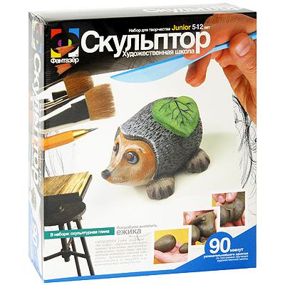 Набор для создания скульптуры Ежик207001С помощью набора для создания скульптуры Ежик ребенок сможет самостоятельно слепить из глины замечательную фигурку из простых геометрических форм. В набор входит: скульптурная глина, пластиковый стек, подробная инструкция. Создание объемной формы из пластичной глины станет для ребенка увлекательнейшим занятием и доставит сплошное удовольствие! Набор для творчества дает уникальную возможность эффективному развитию в детях эстетического вкуса, творческой инициативы, пространственного воображения, координации движения, усидчивости.