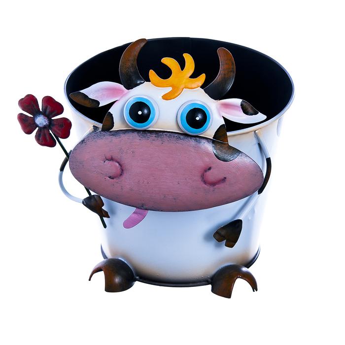 Кашпо декоративное Village People Пятнистая корова, диаметр 17,5 см67124Декоративное кашпо Village People Пятнистая корова выполнено из металла и оформлено подвижной фигуркой в виде забавной коровы. Яркое кашпо предназначено для выращивания цветов, трав, растений. Благодаря такому кашпо вы сможете украсить вашу комнату, офис, сад и другие места. Диаметр кашпо: 17,5 см. Высота кашпо: 14 см.