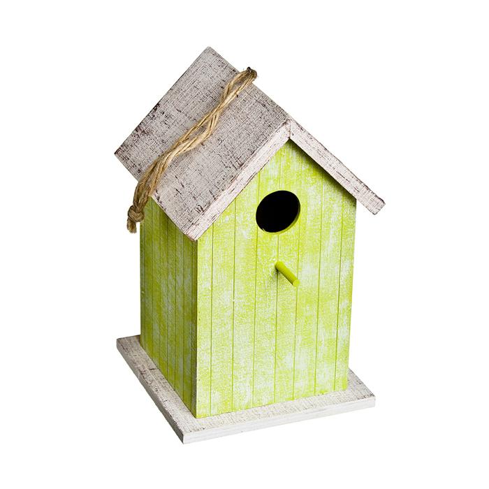 Скворечник садовый Village People Классика, цвет в ассортименте, 16 х 16 х 26 см68627Декоративный скворечник Village People Классика представляет собой деревянный, уютный домик для птиц. Скворечник оснащен петелькой, за которую его можно повесить в любое удобное место. Помимо своего основного назначения, скворечник также прекрасно украсит ландшафт, придаст ему оригинальность и самобытность. Размер скворечника: 16 см х 16 см х 26 см.