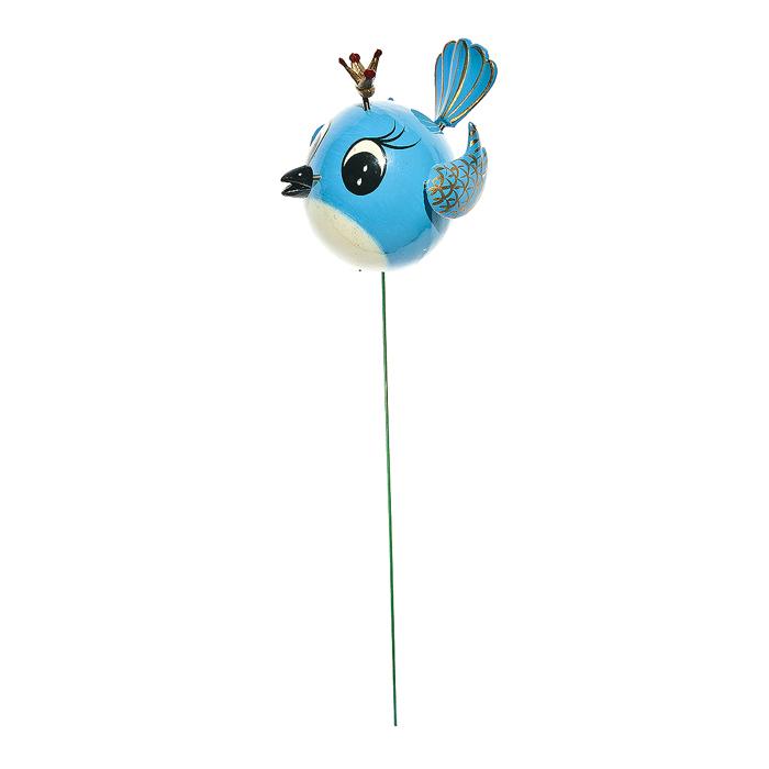 Украшение на ножке Village People Веселая птичка, цвет: голубой, высота 40 см64713_2Украшение на ножке Village People Веселая птичка поможет вам дополнить экстерьер красивой и яркой деталью. Такое украшение очень просто вставляется в землю с помощью длинной ножки, оно отлично переносит любые погодные условия и прослужит долгое время. Идеально подходит для декорирования садового участка, грядок, клумб, домашних цветов в горшках, а также для поддержки и правильного роста декоративных растений. Крылья, клюв и корона прикреплены к тельцу пружинками, и при движении птички они начинают шевелиться. Диаметр птички: 5 см. Высота ножки: 40 см.