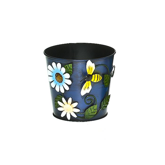 Кашпо декоративное Village People Цветочное разнообразие, цвет: синий, диаметр 13,5 см. 64725_164725_1Декоративное кашпо Village People Цветочное разнообразие выполнено из металла и оформлено композицией из цветов и пчелы. Яркое кашпо предназначено для установки внутрь цветочных горшков с растениями. Благодаря такому кашпо вы сможете украсить вашу комнату, офис, сад и другие места. Диаметр кашпо: 13,5 см. Высота кашпо: 12 см.