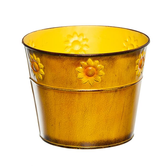 Кашпо декоративное Village People Цветок солнца, цвет: желтый, диаметр 18 см67063_4Декоративное кашпо Village People Цветок солнца выполнено из металла и оформлено рельефным цветочным изображением. Оригинальное кашпо предназначено для выращивания цветов, трав, растений. Благодаря такому кашпо вы сможете украсить вашу комнату, офис, сад и другие места. Диаметр кашпо: 18 см. Высота кашпо: 14,5 см.