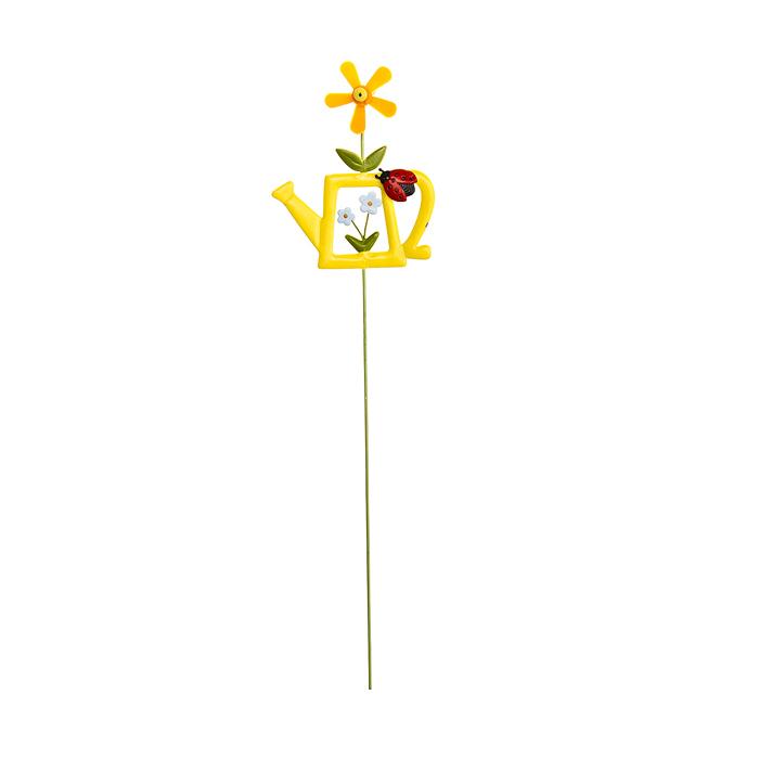 желтый Украшение на ножке Лейка с цветами в асс., 8,2 х 10,3(31,5)см, металл/72/9. 67158_167158_1Украшение на ножке Лейка с цветами поможет вам дополнить экстерьер красивой и яркой деталью. Такое украшение очень просто вставляется в землю с помощью длинной ножки, оно отлично переносит любые погодные условия и прослужит долгое время.