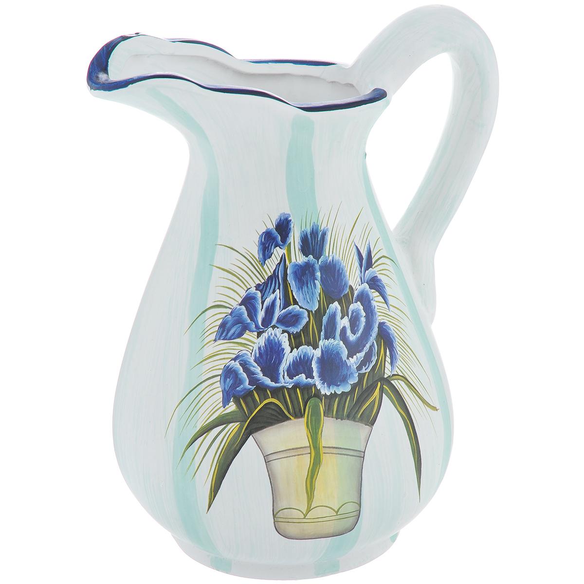 Ваза Lillo Синие цветы, высота 25 смLil 3096Элегантная ваза Lillo Синие цветы выполнена из высококачественной керамики в виде кувшина и декорирована рисунком. Она придется по вкусу и ценителям классики, и тем, кто предпочитает утонченность и изящность. Вы можете поставить вазу в любом месте, где она будет удачно смотреться и радовать глаз. Такая ваза подойдет и для цветов, и для декора интерьера. Кроме того - это отличный вариант подарка для ваших близких и друзей. Высота вазы: 25 см. Диаметр по верхнему краю: 6 см. Диаметр основания: 11,5 см.