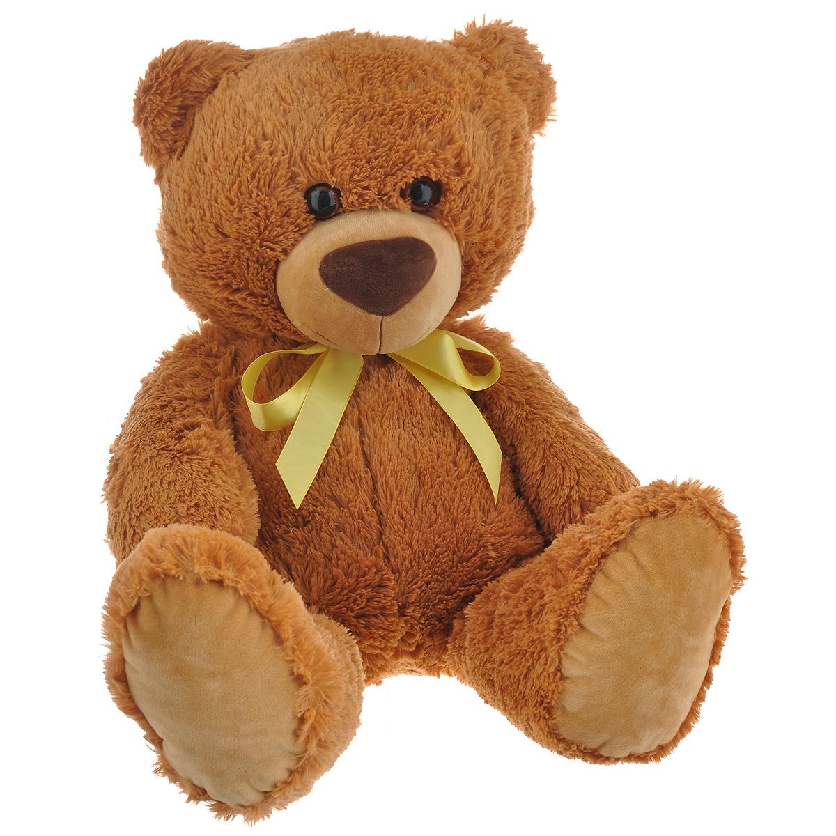 Мягкая игрушка СмолТойс Мишка, 64 см1251/БЖСимпатичная мягкая игрушка СмолТойс Мишка не оставит равнодушным ни ребенка, ни взрослого и вызовет улыбку у каждого, кто его увидит. Необычайно мягкий, он принесет радость и подарит своему обладателю мгновения нежных объятий и приятных воспоминаний. Игрушка удивительно приятна на ощупь, а специальные гранулы, используемые при ее набивке, способствуют развитию мелкой моторики рук малыша. Мягкая игрушка может стать милым подарком, а может быть и лучшим другом на все времена.
