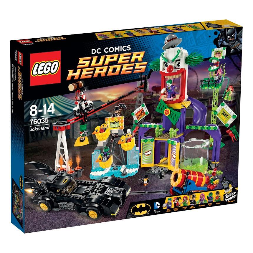 LEGO Super Heroes Конструктор Джокерленд 7603576035Джокер и его команда злодеев превратили парк развлечений Готэм-сити в кошмарный Джокерленд и захватили Старфаер, Зверёныша и Робина. Спеши на помощь вместе с Бэтменом в чудесном Бэтмобиле. Уклоняйся от выстрелов из пушки и целься в робота-клоуна из ракетных установок. Пришло время для серьезных супер-прыжков, чтобы победить злодеев. Бабах! Свергни Пингвина с пьедестала. Бам! Соверши точно направленный прыжок, чтобы освободить Робина из гонки вверх ногами с Харли Куин. Бух! Сбрось Ядовитый плющ с её раскачивающейся ветки. Наконец, выбей Джокера изо рта клоуна! В набор входят 8 минифигурок с разнообразными аксессуарами: Бэтмен, Робин, Зверёныш, Старфаер, Пингвин, Джокер, Ядовитый плющ и Харли Куин. В процессе игры с конструкторами LEGO дети приобретают и постигают такие необходимые навыки как познание, творчество, воображение. Обычные наблюдения за детьми показывают, что единственное, чему они с удовольствием посвящают время, - это игры. Игра - это состояние души, это...