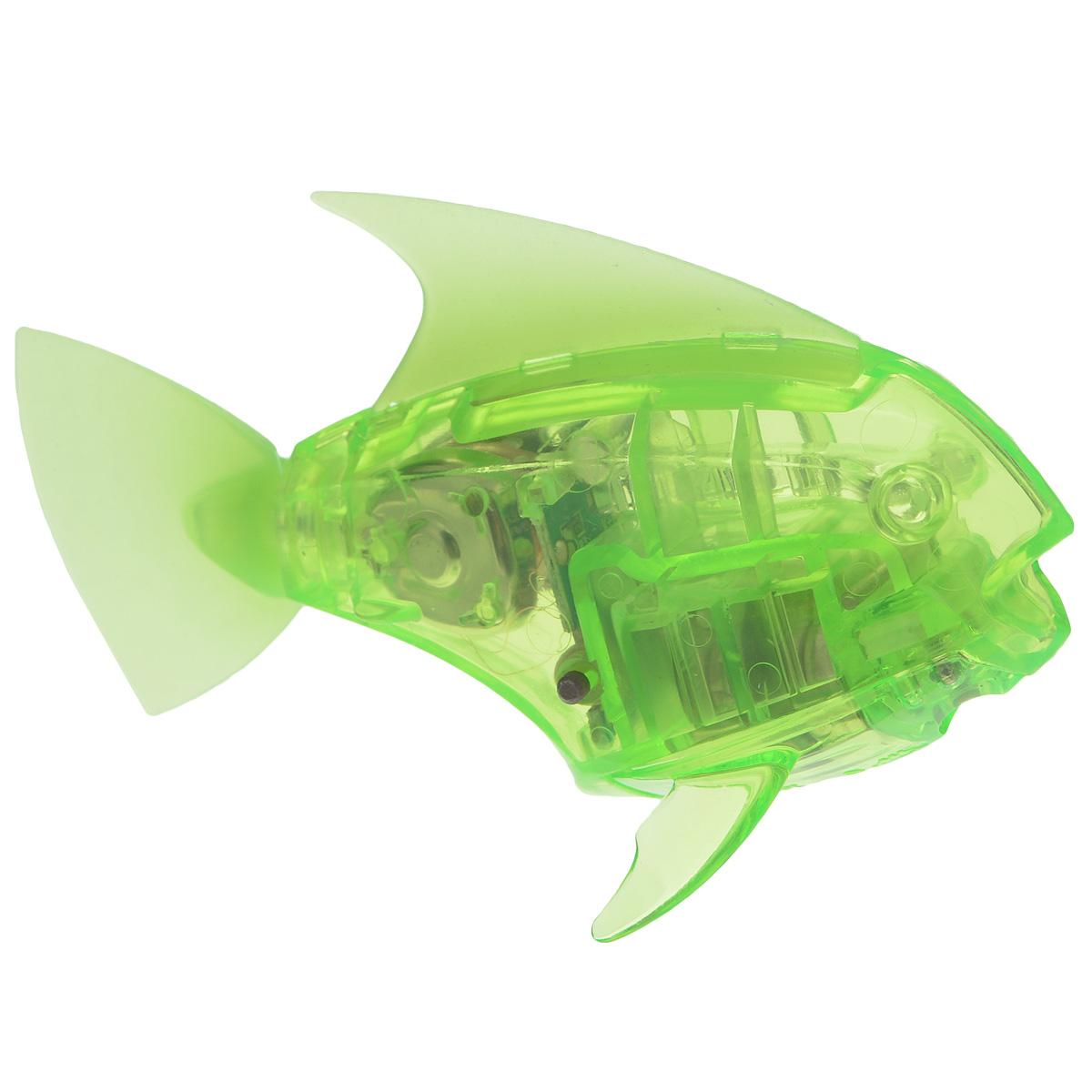 Микро-робот рыбка Hexbug Aquabot Angelfish, со световыми эффектами, цвет: салатовый460-2976салатовыйУникальный микро-робот рыбка Hexbug Aquabot Angelfish изготовлен из безопасного пластика и выполнен в виде забавной рыбки. Теперь микро-роботы осваивают и водные глубины! Микро-робот рыбка Hexbug Aquabot Angelfish плавает как настоящая рыба и непредсказуем в направлении движения. Опустите его в воду и он оживет! Если микро-робот замер, то достаточно просто всколыхнуть воду и он снова поплывёт. Вне воды микро-робот автоматически выключается. Но и это еще не все, теперь микро-роботы рыбки оснащены световыми эффектами! Для работы игрушки необходимы 2 батареи типа LR44 (в комплекте 2 демонстрационные и 2 запасные батареи).