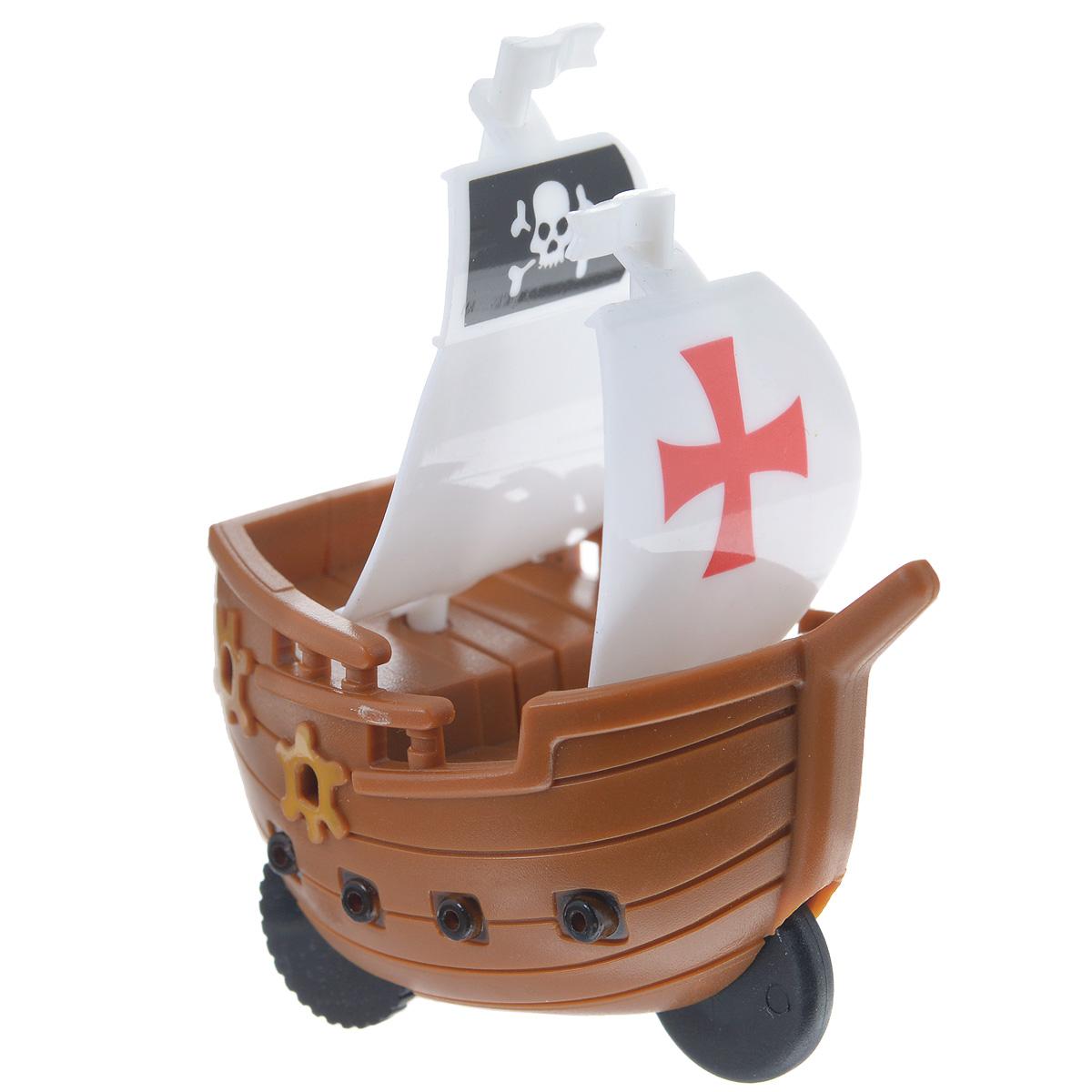 Игрушка заводная Корабль. Флаг с крестом, цвет: коричневый2K-P1XBDфлагИгрушка Hans Корабль. Флаг с крестом привлечет внимание вашего малыша и не позволит ему скучать! Выполненная из безопасного пластика, игрушка представляет собой пиратский корабль. Игрушка имеет механический завод. Для запуска, придерживая колеса, поверните заводной ключ по часовой стрелке до упора. Установите игрушку на поверхность и она поедет вперед. Игра с заводными игрушками способствует приятному времяпрепровождению, стимулирует ребенка к активным действиям, научит устанавливать причинно-следственные связи. Мелкие детали и разнофактурные материалы благоприятствуют развитию тактильных ощущений и моторики пальчиков, а яркие цвета и забавные формы стимулируют зрение.